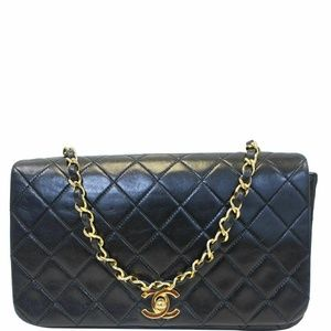 CHANEL Vintage Single Flap Quilted Lambskin Bag